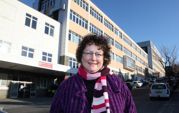 AM Elin Jones at Bronglais hospital. (3385727)
