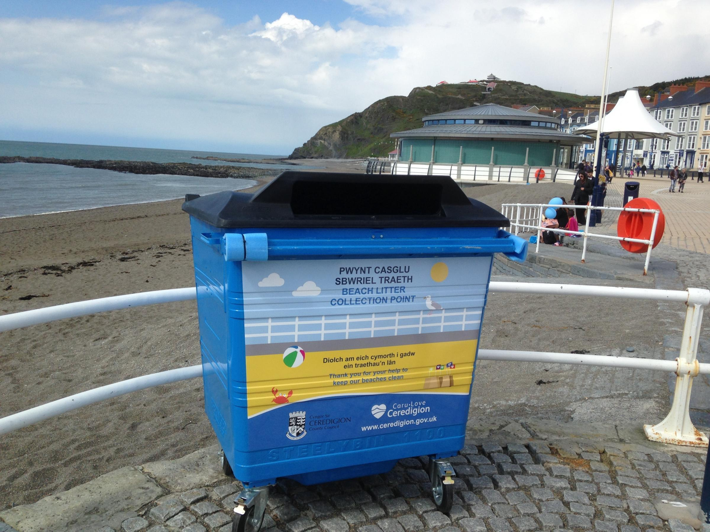 New litter bins will be sited at Ceredigion beaches
