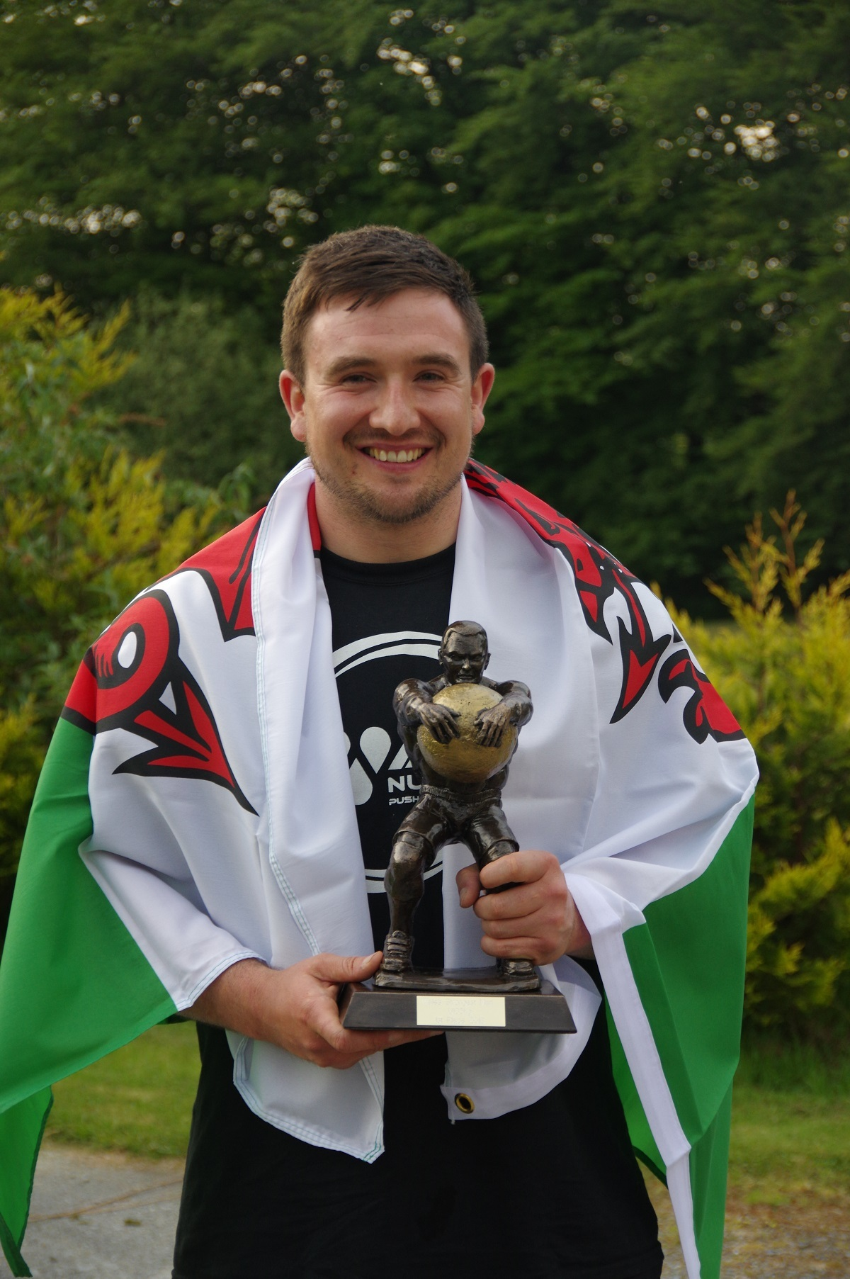 Cris Davies has been crowned Wales' strongest man