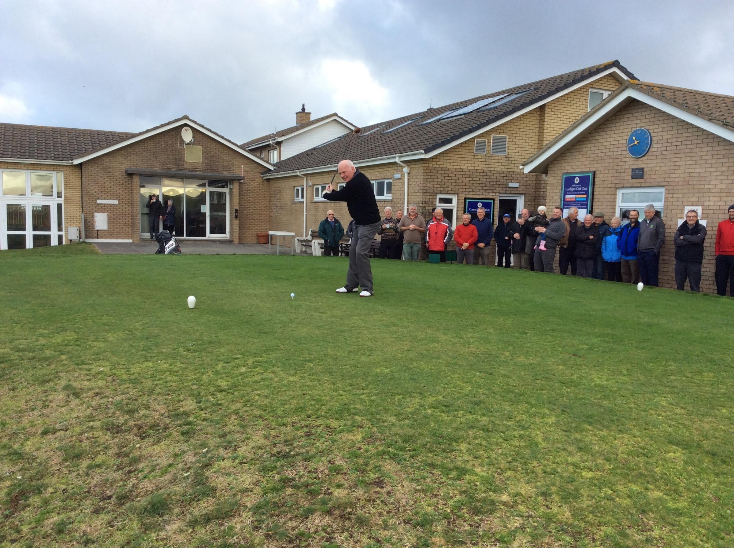 Pictured is the new club captain of Cardigan Golf Club, Roy Richards, at his drive-in on Sunday, December 9